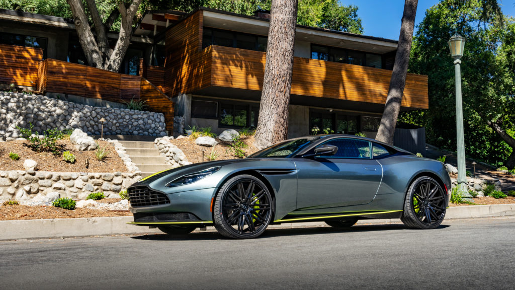 Lionhart LH-Five Aston Martin DB11